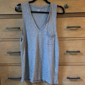 Madewell heathered gray v-neck front pocket tank L
